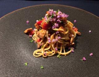 秋刀魚の燻製のタリオリーニ